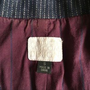 Volcom Jackets & Coats - Volcom • Pinstripe Fitted Denim Cropped Blazer